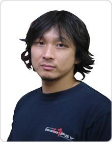 写真:清水智巳トレーナー width=